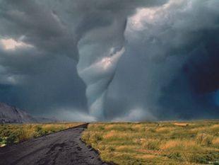 Les plus beaux ouragans, cyclones et tornades du monde
