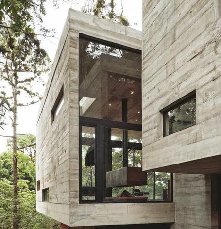 Design et Béton pour cette villa en forêt au Guatemala