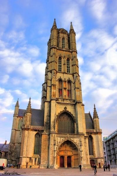 La cathédrale Saint-Bavon à Gand en Belgique