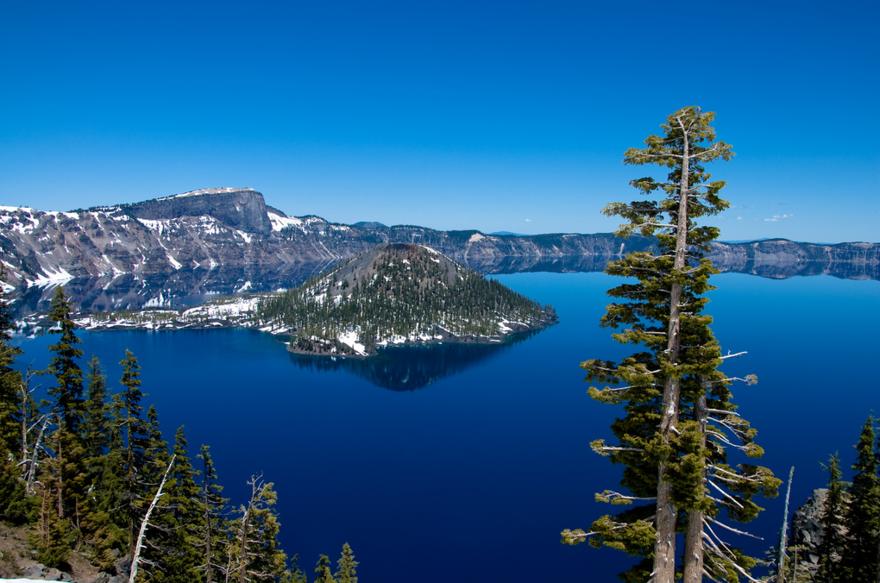 Le lac Crater aux USA