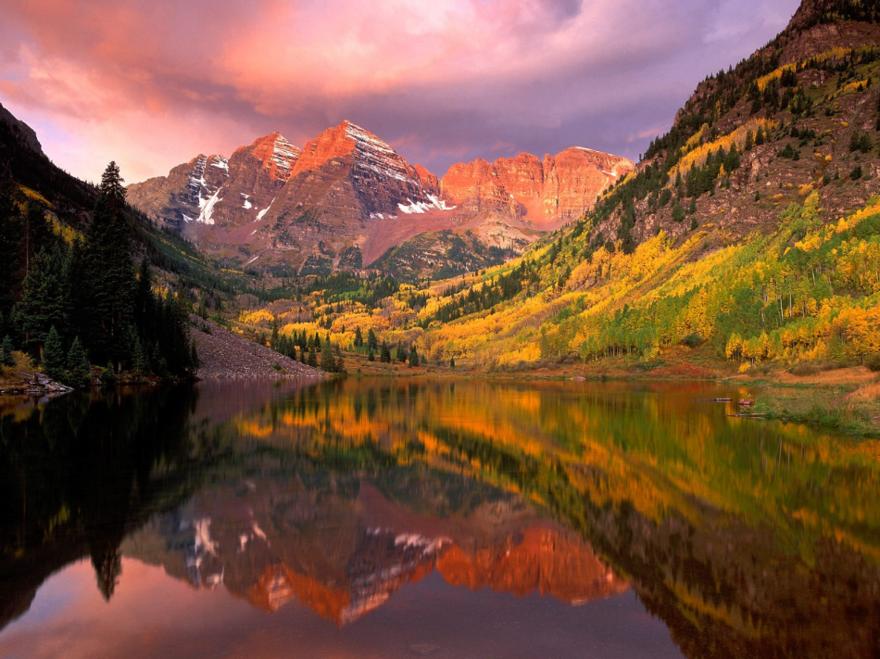 Le lac Maroon dans le Colorado aux USA