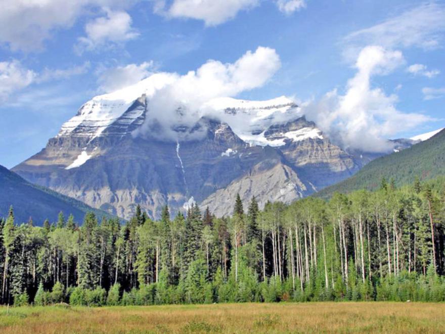 Le mont Robson au Canada