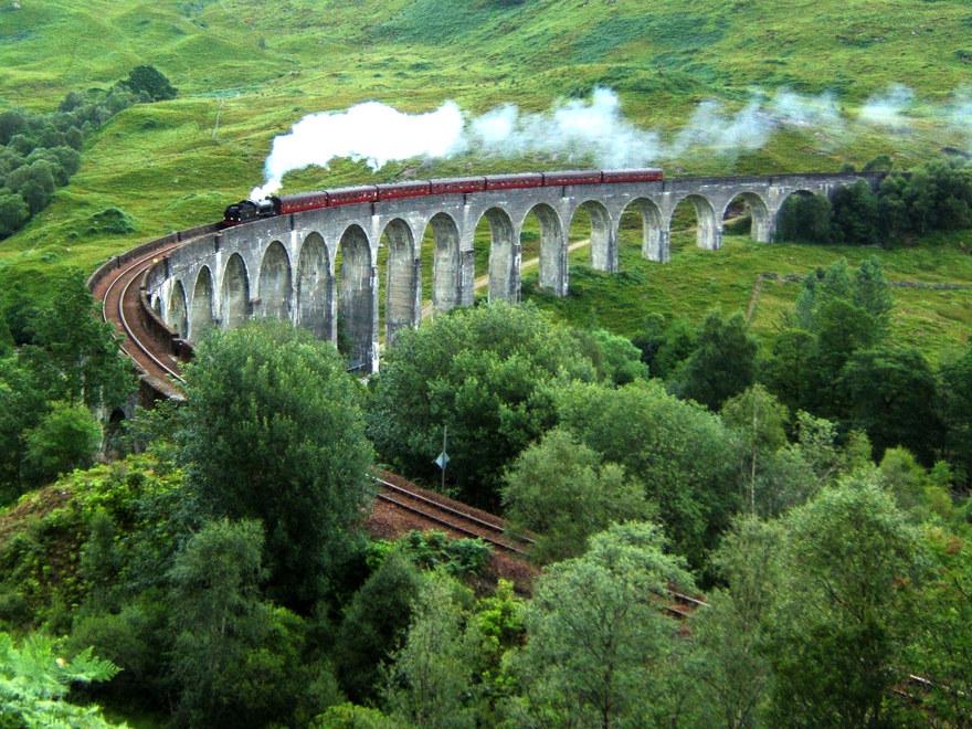 Le viaduc de Glenfinnan en Écosse
