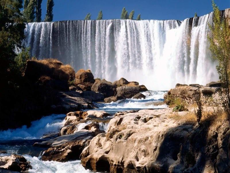 Les chutes de Laja sur le fleuve Laja au Chili