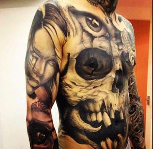 top classement des plus beaux tatouages au monde pikkeo. Black Bedroom Furniture Sets. Home Design Ideas