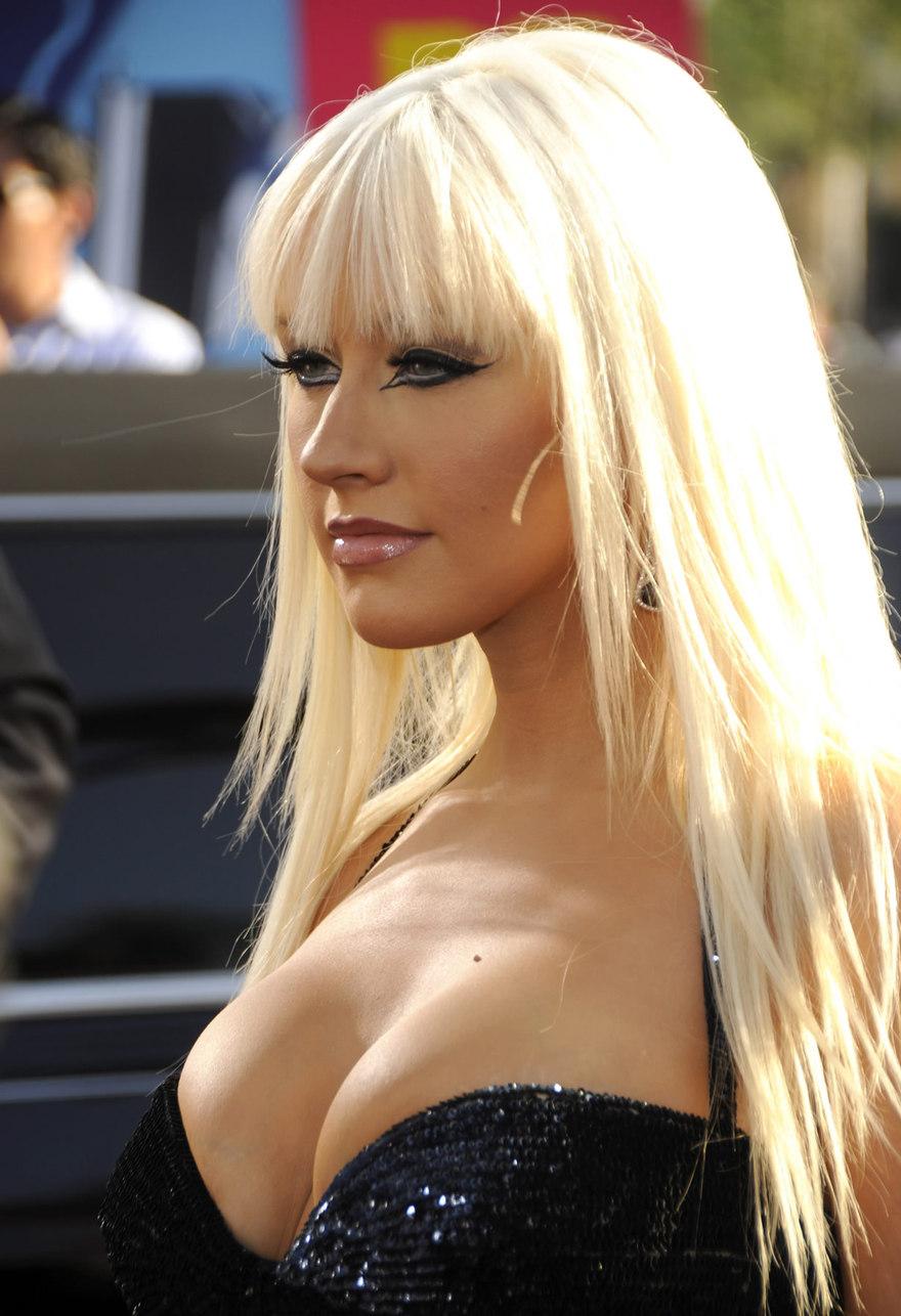 Les seins de Christina Aguilera