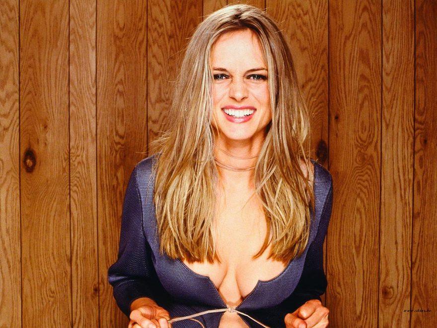 Les seins de Heather Graham