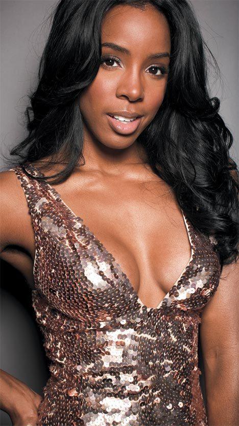 Les seins de Kelly Rowland