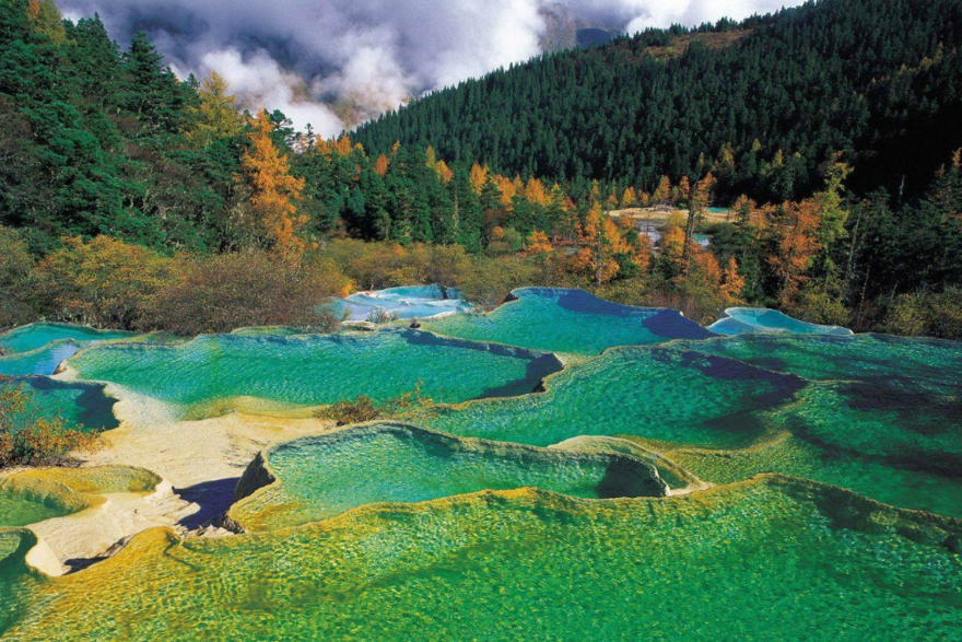 Le lac Huanglong – Sichuan en Chine