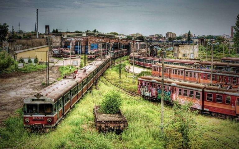 Cz?stochowa, un dépôt de train abandonné en Pologne
