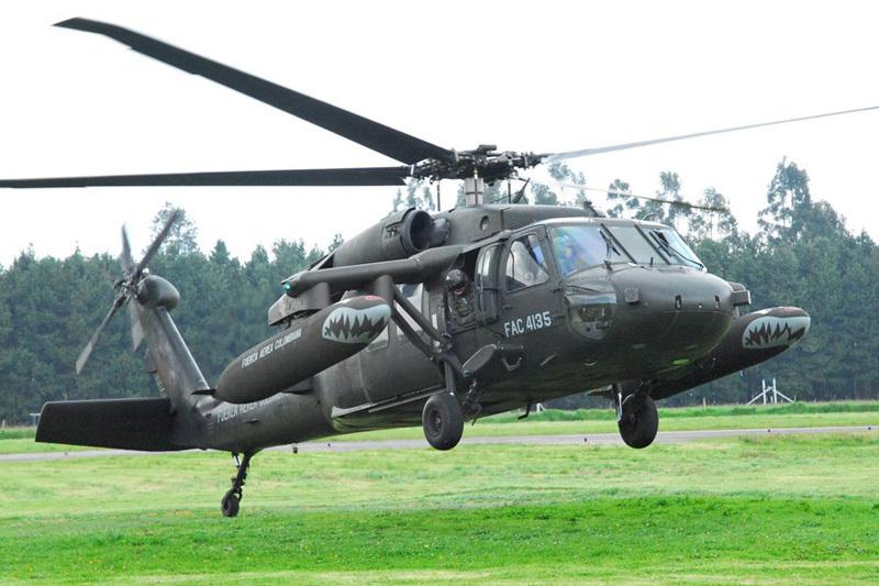 Hélicoptère UH60 Blackhawk de l'Armée de l'Air colombienne