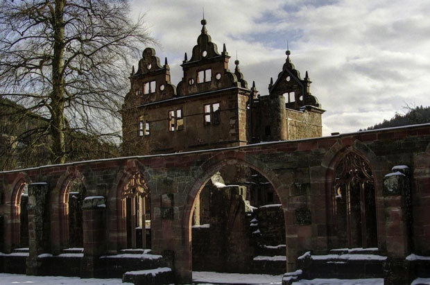 Un monastère du XVe siècle dans la forêt noire en Allemagne