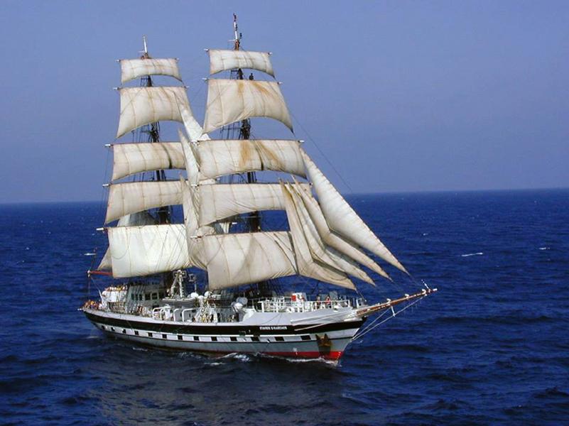 Le navire-école Stavros S Niarchos