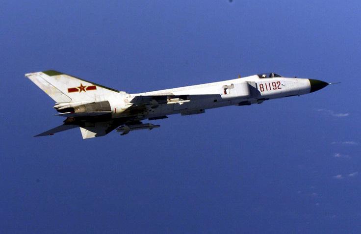 SAC J-8 Finback, avion de combat chinois