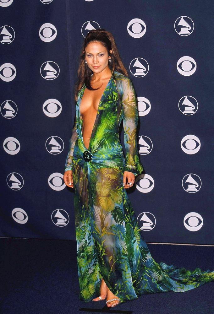 Le décolleté de Jennifer Lopez