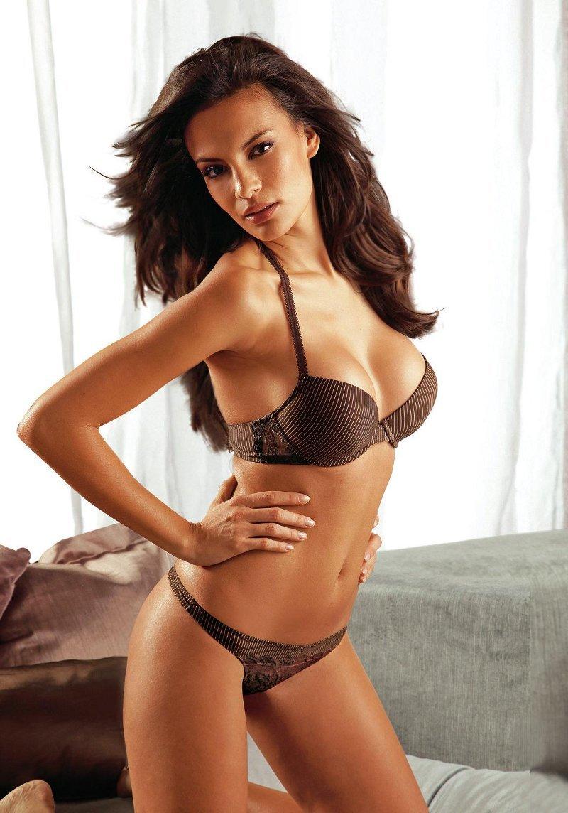 Madalina Ghenea sexy