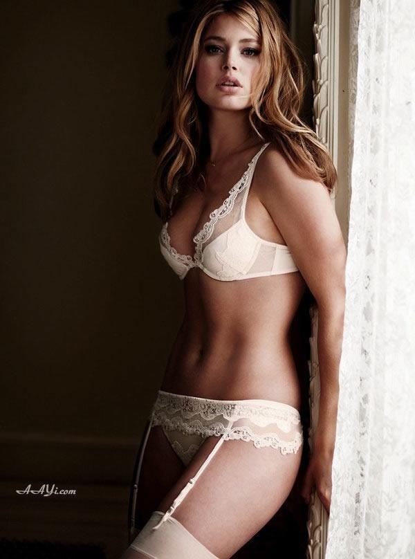 Les mariées les plus sexy en lingerie