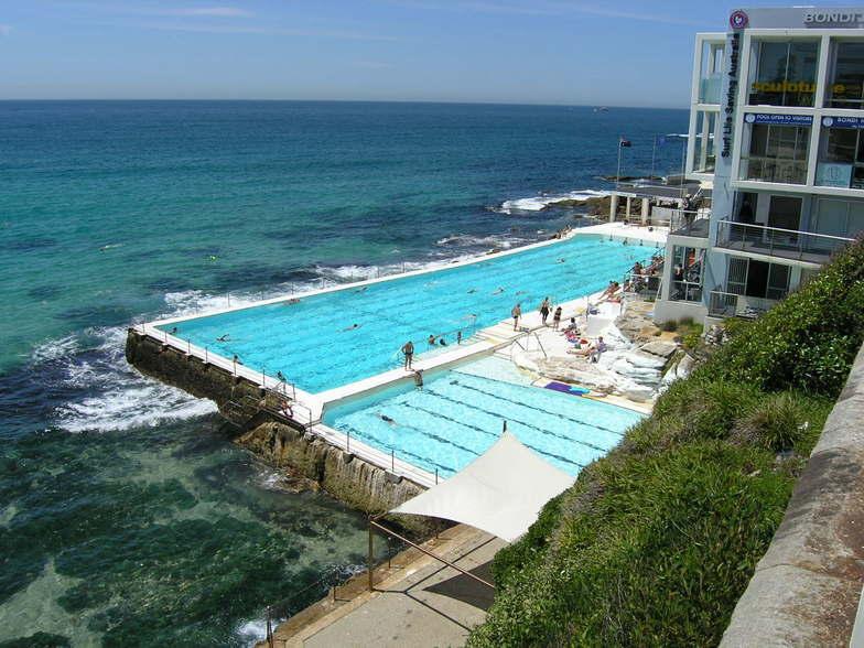 Piscine du Bondi Beach Hotel à Sydney
