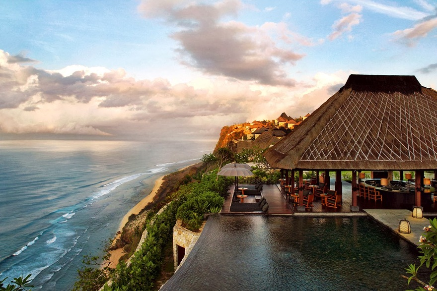 Piscine du Bulgari Hotel Resort à Bali