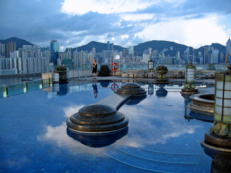 Piscine du l'hôtel Harbour Plaza à Hong Kong