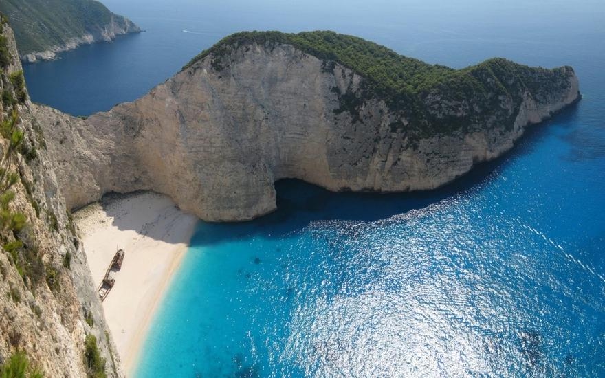 La plage Navagio en Grèce